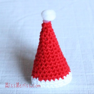 Merry Mini Christmas Santa Hat pattern