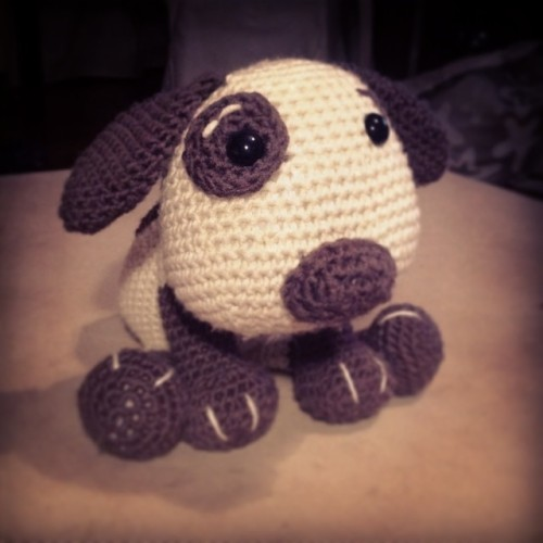 Pudge the Pup - pattern on Craftsy.  Seen on missneriss.com #amigurumi #crochet