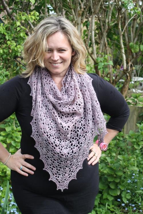 Spring Shawl in Malabrigo Silky Merino on missneriss.com #crochet #yarn