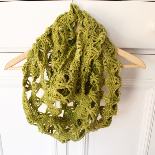 Candace Scarf in Lettuce - Malabrigo Worsted