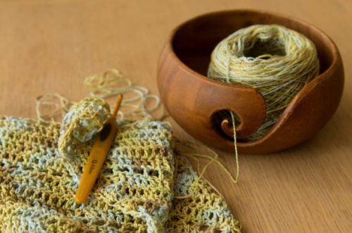 Win a Furls Yarn bowl on acreativebeing.com