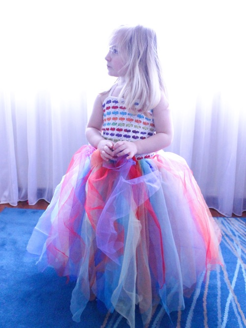 Rainbow Hearts Tutu on missneriss.com - free tutorial available