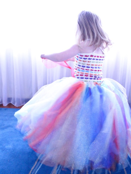 Rainbow Hearts Tutu on missneriss.com - free tutorial available