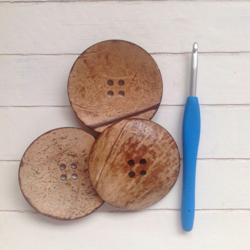 Huge coconut buttons