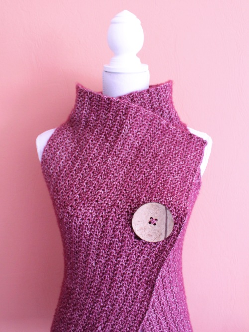 Peek A Boo Button Wrap Pattern Size S Xl Missneriss