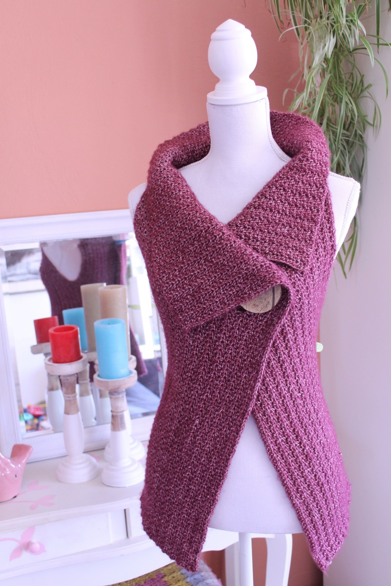Peek-a-Boo Button Wrap Pattern Size S-XL