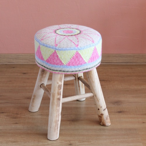 Egyptian Star Flower Stool, free pattern by MissNeriss