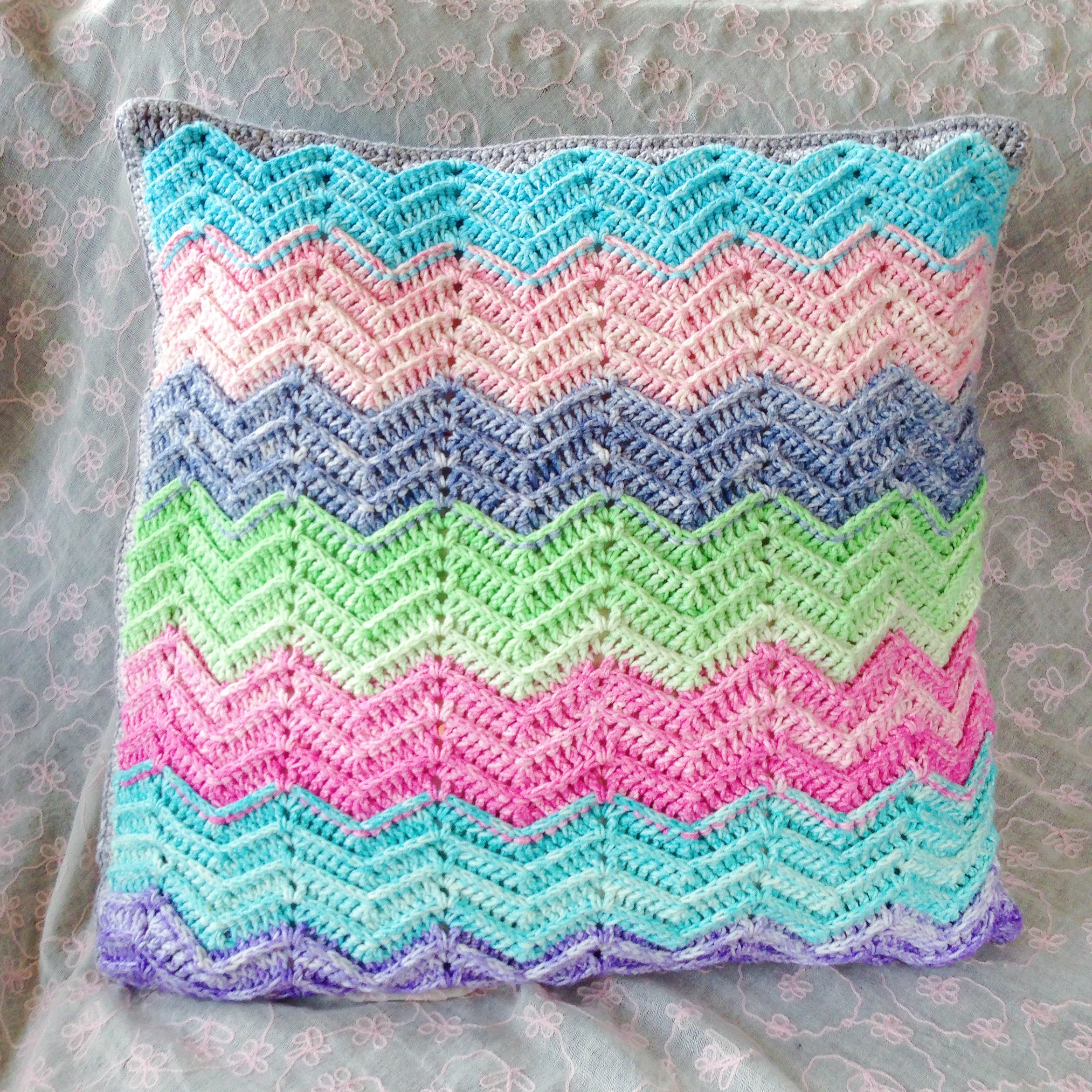 Chevron Cushion in Scheepjes Aquarel, design by MissNeriss. Yarn available from Wool Warehouse: Scheepjes Softfun Aquarel, available from Wool Warehouse: http://shrsl.com/?dhnl