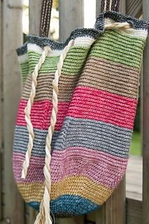 Stone Washed Beach Bag by Marinke Slump. Yarn and pattern to be found on Deramores: http://tidd.ly/1849b2b8