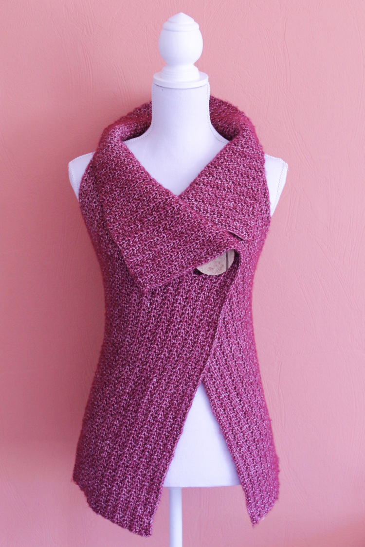 Peekaboo Button Wrap by Nerissa Muijs. Yarn available here: http://tidd.ly/1849b2b8