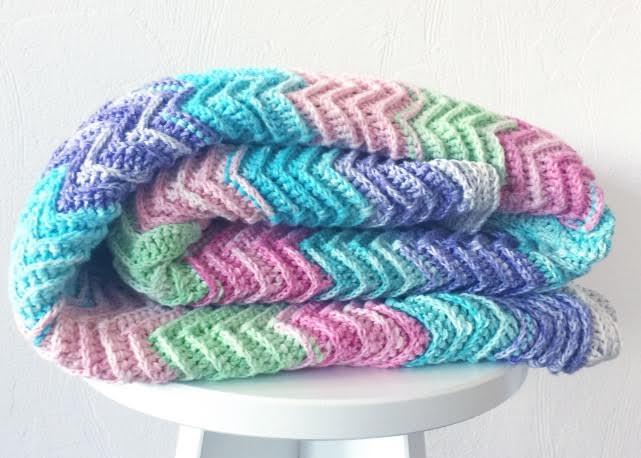 Textured Chevron Blanket free crochet pattern by Nerissa Muijs