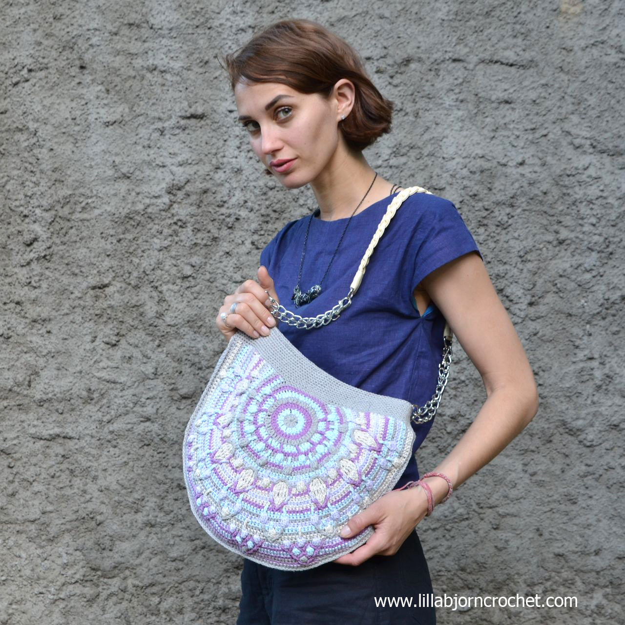 Peacock bag CAL http://www.lillabjorncrochet.com/2016/08/peacock-tail-bag-cal-general-information.html