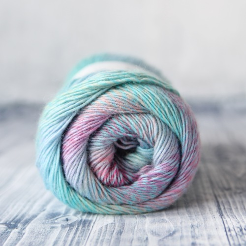 Scheepjes Our Tribe, Colour MissNeriss (966), 70% merino superwash, 30% polyamide. 100g = 420m