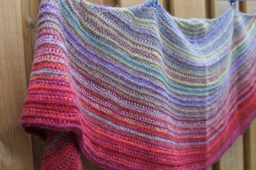 Our Tribe My Tribe shawl (fade) by Nerissa Muijs. Colourways (from top): New Leaf, Look at What I Made, Jellina Creations